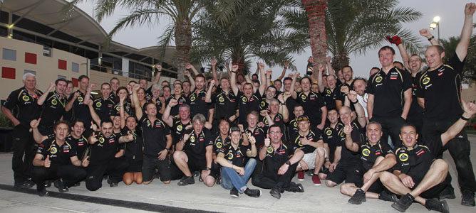 El equipo Lotus celebra el gran resultado