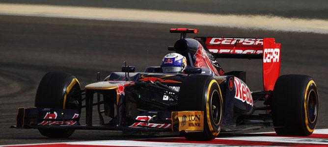 Un Toro Rosso en el circuito de Sakhir