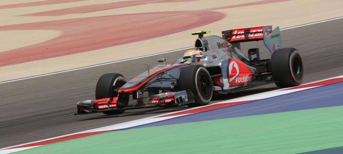 Lewis Hamilton en el circuito de Sakhir