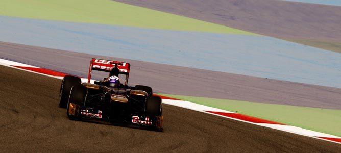 Daniel Ricciardo en el circuito de Sakhir