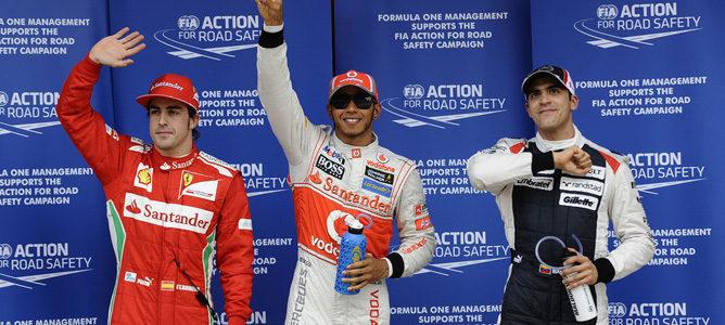 La FIA excluye a Lewis Hamilton de la clasificación, y Pastor Maldonado saldrá desde la pole