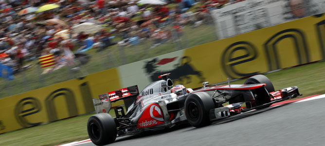 Un McLaren en el asfalto de Montmeló