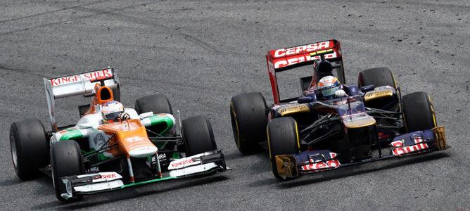 Un Toro Rosso en el asfalto de Montmeló