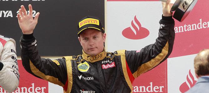 Räikkönen en el podio de Montmeló