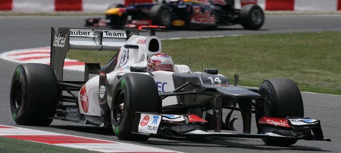 Kobayashi rueda en el asfalto de Montmeló