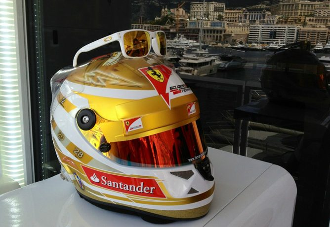Casco de Fernando Alonso para el GP de Mónaco 2012