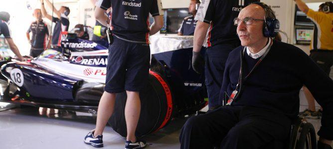 Sir Frank Williams en el garaje de Williams