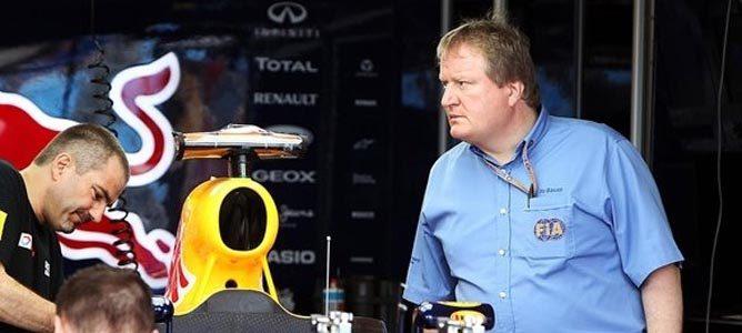 Jo Bauer en el garaje de Red Bull
