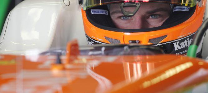 Nico Hülkenberg concentrado en su coche