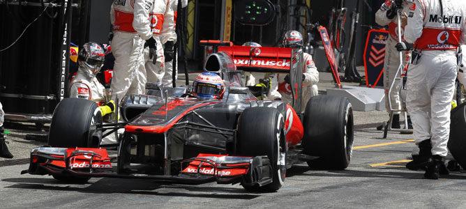 McLaren brilló en los pitstops