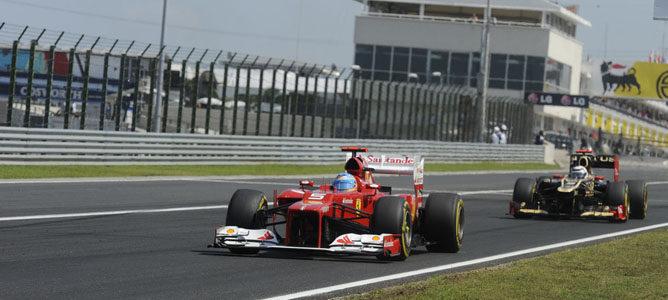 Fernando Alonso en la pista de Hungaroring