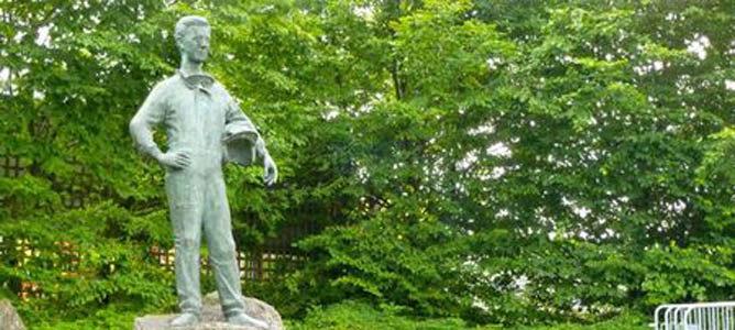 Monumento a Von Trips en el circuito de Nurbürgring