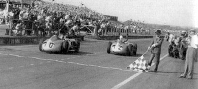 Llegada del GP de Gran Bretaña de 1955