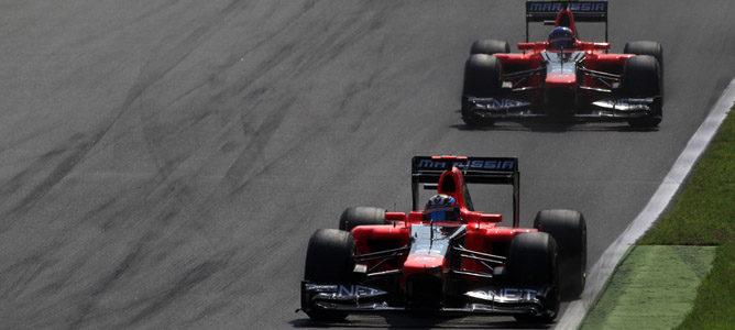 Los dos Marussia ruedan sobre el asfalto de Monza