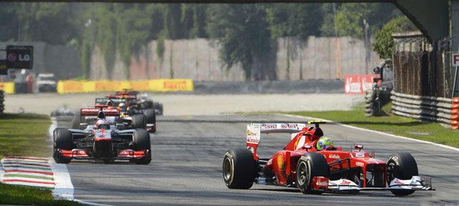Felipe Massa en el asfalto de Monza