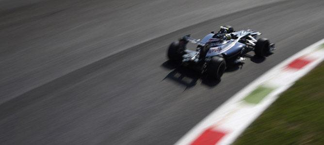Bruno Senna en el asfalto de Monza