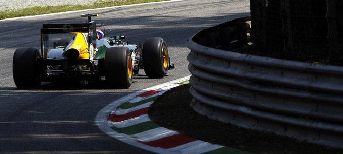 Vitaly Petrov en el asfalto de Monza