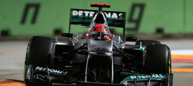 Michael Schumacher es sancionado con 10 puestos en la parrilla del GP de Japón