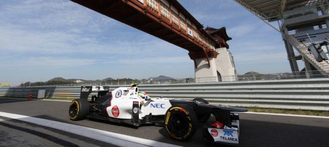 Sergio Perez en los entrenamientos libres en el circuito de Yeongam 2012