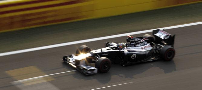 Pastor Maldonado en la carrera de Corea