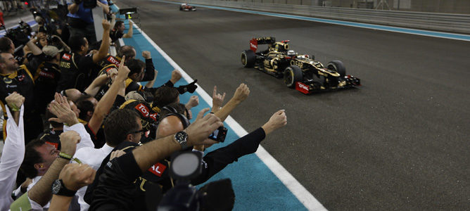 Kimi Räikkönen vence el GP de Abu Dabi 2012