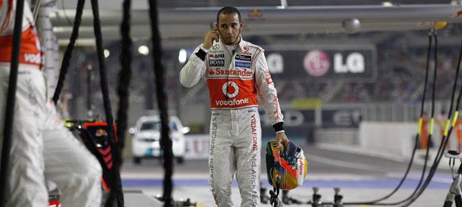 Lewis Hamilton abandona en Yas Marina