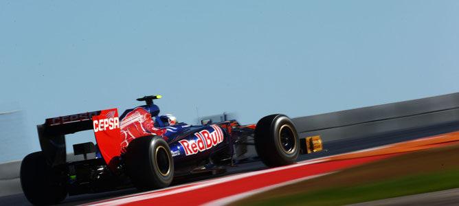 STR7 afronta una de las curvas del circuito de Austin