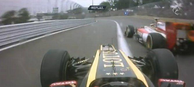 Grosjean acercándose al vértice de la curva