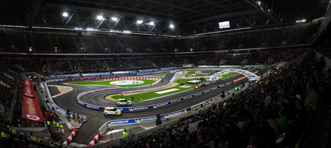 Sebastian Vettel mostrará el RB7 en la Carrera de Campeones 2012