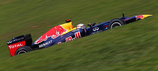 """Niki Lauda vería """"normal"""" que Sebastian Vettel abandonase Red Bull"""