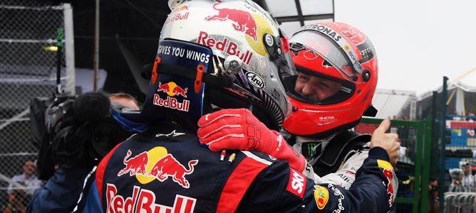 """Michael Schumacher: """"El hombre adecuado ganó el campeonato de pilotos"""""""