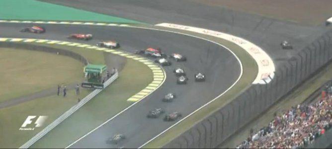 Momento del contacto entre Vettel y Senna