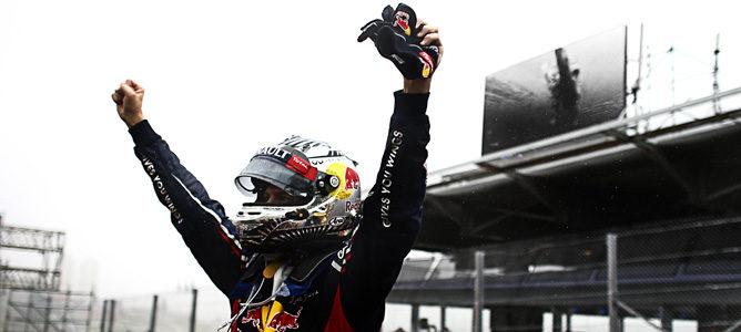 Sebastian Vettel celebra su tercer título en Interlagos