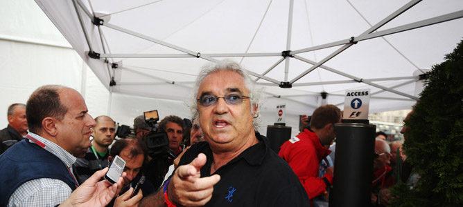 Flavio Briatore también se muestra crítico con la actitud de Schumacher en Brasil
