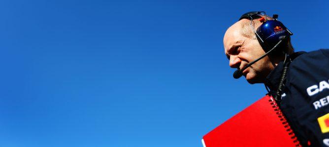 Adrian Newey confirma que está siendo complicado encontrar mejoras para 2013