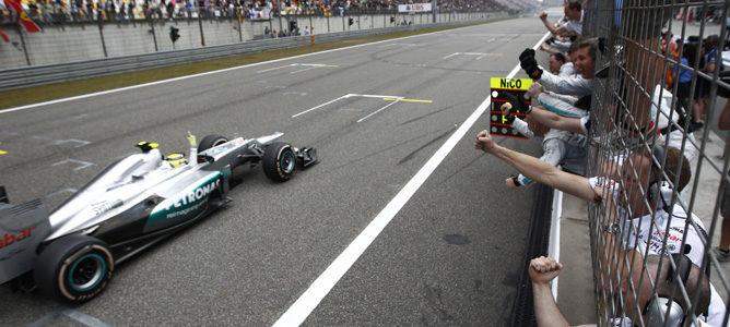 Nico Rosberg gana el GP de China 2012 para alegría de Mercedes