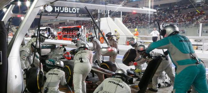 Niki Lauda en contra de que gran parte de la plantilla de Mercedes esté de vacaciones
