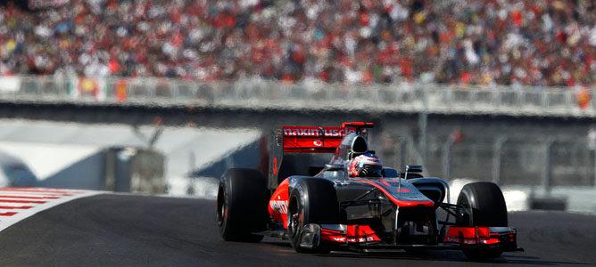 Jenson Button cree que la falta de ritmo del McLaren dañaron más que la fiabilidad sus opciones al título