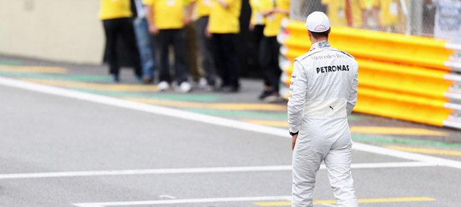 """Michael Schumacher admite que el dinero fue """"un factor"""" en la falta de éxitos de Mercedes en la F1"""