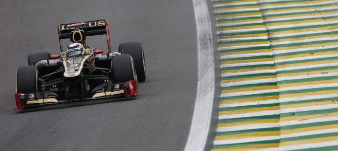 Lotus anuncia un nuevo patrocinio con la marca de ropa inglesa Henri-Lloyd