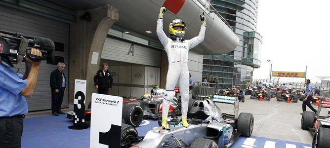 Jackie Stewart cree que Mercedes abandonará la F1 si no gana