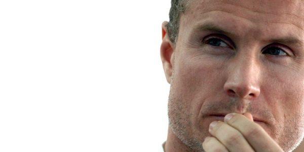Coulthard protagoniza una campaña de seguridad vial