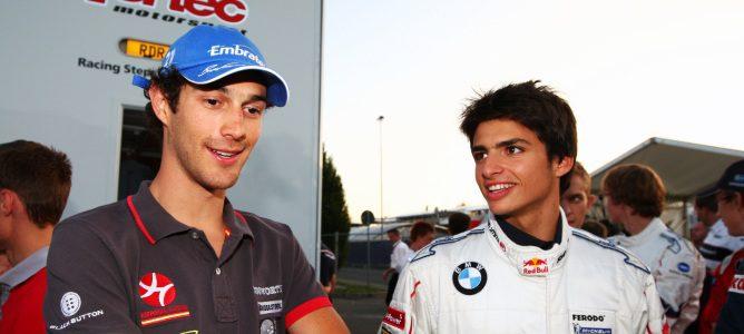Carlos Sainz Jr. junto a Bruno Senna