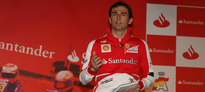 Pedro de la Rosa en su primer acto oficial como piloto de Ferrari