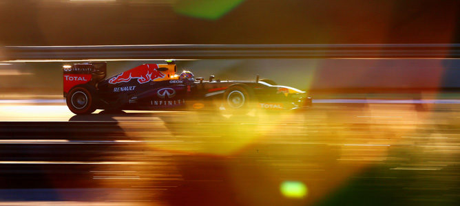 Mark Webber pilota el Red Bull RB9 en Jerez