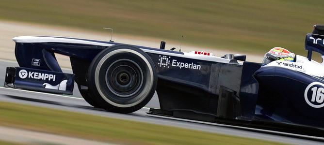 Williams FW35 con tuercas sopladoras