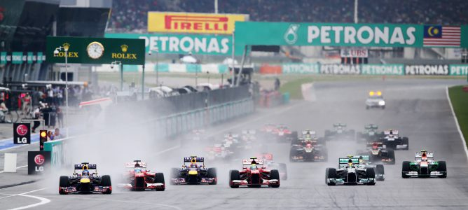 Salida del GP de Malasia 2013