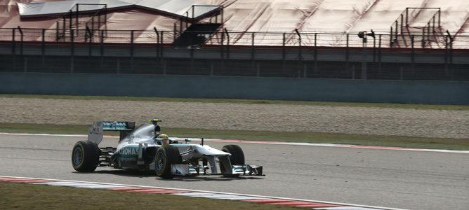 Lewis Hamilton se hace con la 'pole position' en el Gran Premio de China 2013 003_small
