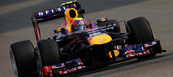 Los comisarios penalizan a Red Bull con 5000 euros por el incidente de Mark Webber