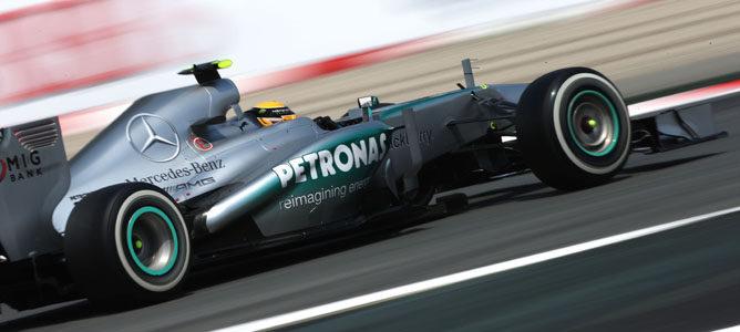 "Paul Hembery: ""Esperamos ver tres paradas en boxes para la carrera de mañana"""